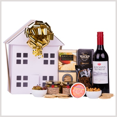 gourmet house shaped hamper