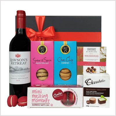 sweet and red gift hamper