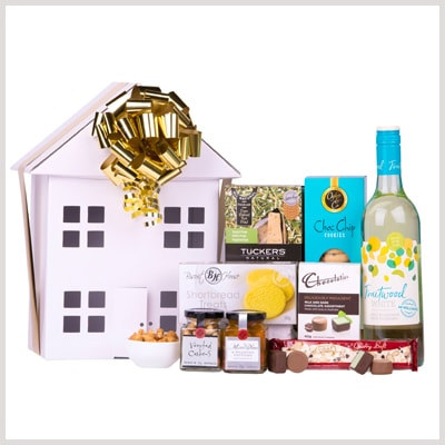 white wine house shaped gift hamper